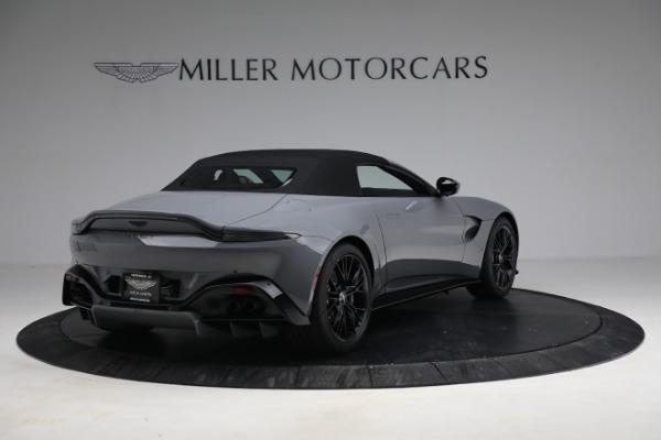 New 2021 Aston Martin Vantage Roadster for sale $180,286 at Alfa Romeo of Westport in Westport CT 06880 25