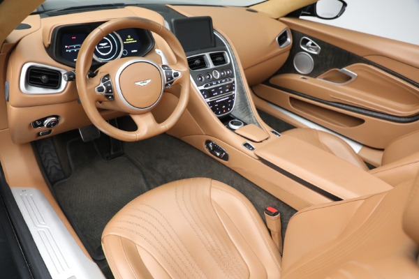 Used 2019 Aston Martin DB11 Volante for sale $212,990 at Alfa Romeo of Westport in Westport CT 06880 20