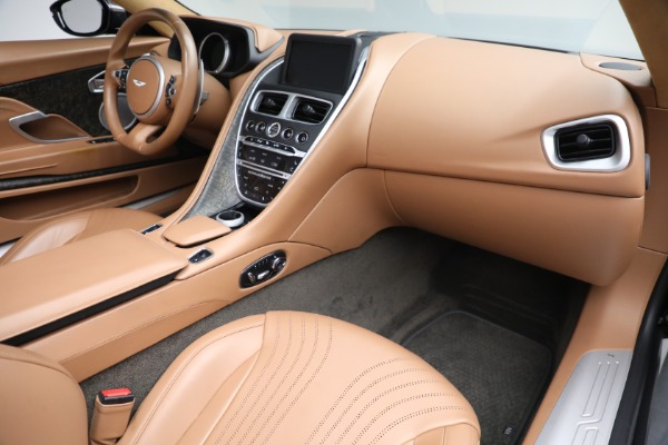 Used 2019 Aston Martin DB11 Volante for sale $212,990 at Alfa Romeo of Westport in Westport CT 06880 24