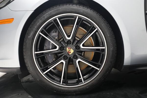 Used 2018 Porsche Panamera 4 Sport Turismo for sale $97,900 at Alfa Romeo of Westport in Westport CT 06880 15