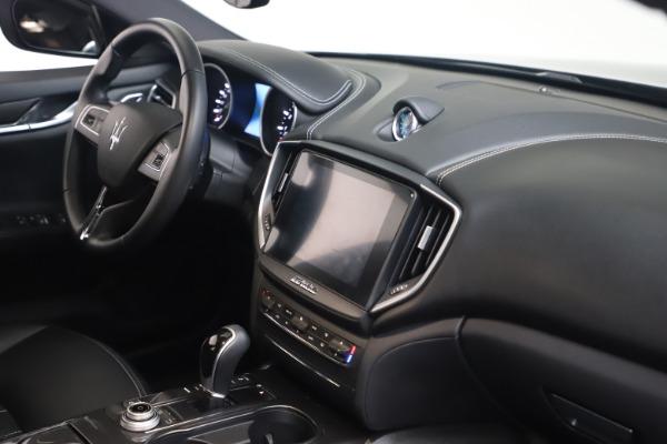 Used 2018 Maserati Ghibli SQ4 for sale $54,900 at Alfa Romeo of Westport in Westport CT 06880 18