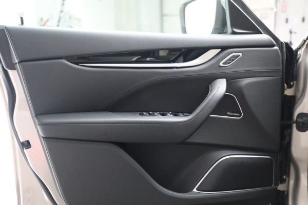 Used 2018 Maserati Levante for sale $57,900 at Alfa Romeo of Westport in Westport CT 06880 15