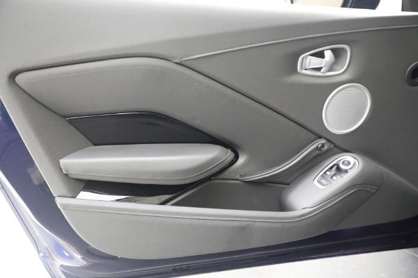 Used 2020 Aston Martin Vantage for sale $139,900 at Alfa Romeo of Westport in Westport CT 06880 16