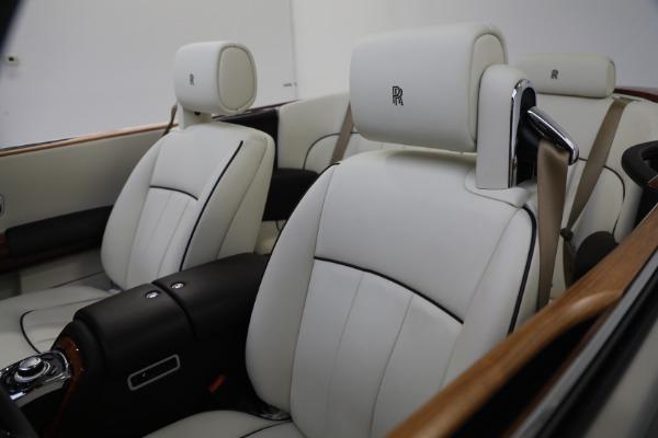 Used 2015 Rolls-Royce Phantom Drophead Coupe for sale Call for price at Alfa Romeo of Westport in Westport CT 06880 25