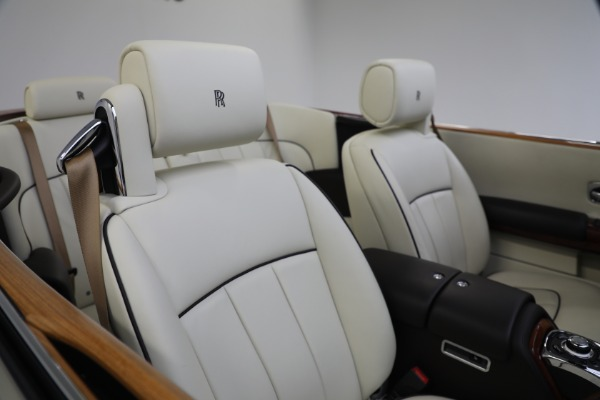 Used 2015 Rolls-Royce Phantom Drophead Coupe for sale Call for price at Alfa Romeo of Westport in Westport CT 06880 26