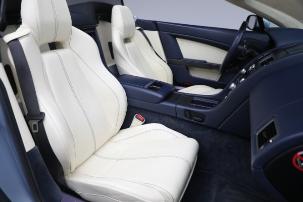 Used 2009 Aston Martin V8 Vantage Roadster for sale Call for price at Alfa Romeo of Westport in Westport CT 06880 20