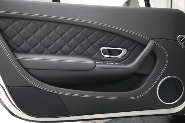 Used 2016 Bentley Continental GT V8 for sale Sold at Alfa Romeo of Westport in Westport CT 06880 27