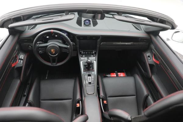 Used 2019 Porsche 911 Speedster for sale $395,900 at Alfa Romeo of Westport in Westport CT 06880 23