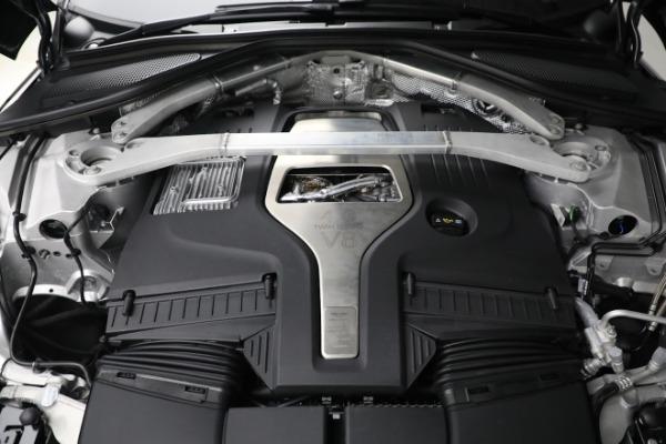 New 2021 Aston Martin DBX for sale $202,286 at Alfa Romeo of Westport in Westport CT 06880 27