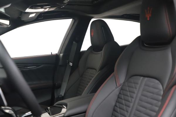 New 2022 Maserati Quattroporte Modena Q4 for sale $128,775 at Alfa Romeo of Westport in Westport CT 06880 14