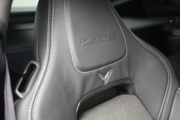 Used 2016 Chevrolet Corvette Z06 for sale $85,900 at Alfa Romeo of Westport in Westport CT 06880 25