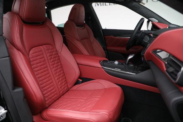 New 2022 Maserati Levante Trofeo for sale $155,045 at Alfa Romeo of Westport in Westport CT 06880 28