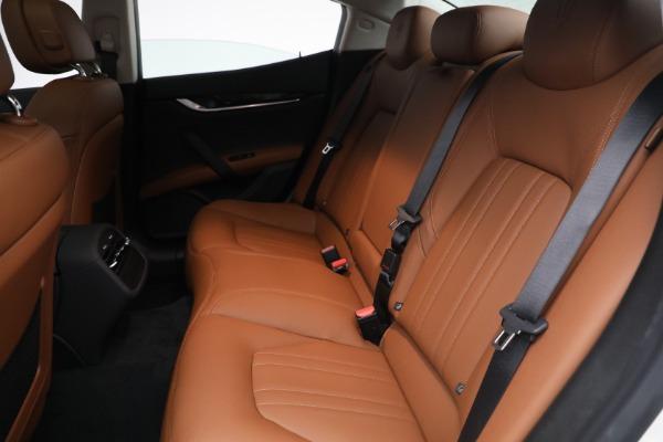 New 2022 Maserati Ghibli Modena Q4 for sale $86,645 at Alfa Romeo of Westport in Westport CT 06880 22
