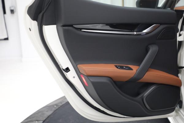 New 2022 Maserati Ghibli Modena Q4 for sale $86,645 at Alfa Romeo of Westport in Westport CT 06880 23