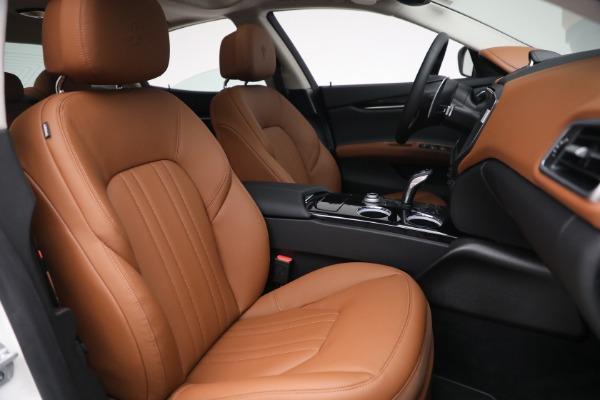 New 2022 Maserati Ghibli Modena Q4 for sale $86,645 at Alfa Romeo of Westport in Westport CT 06880 26