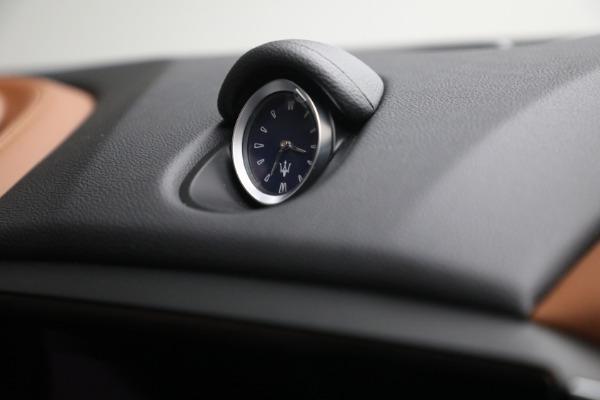 New 2022 Maserati Ghibli Modena Q4 for sale $86,645 at Alfa Romeo of Westport in Westport CT 06880 28