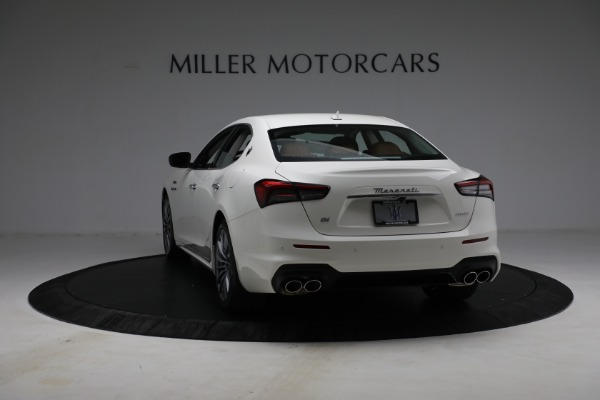 New 2022 Maserati Ghibli Modena Q4 for sale $86,645 at Alfa Romeo of Westport in Westport CT 06880 5