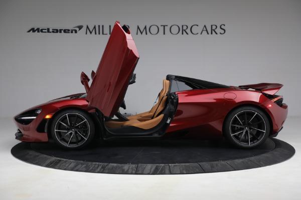 New 2022 McLaren 720S Spider for sale $382,090 at Alfa Romeo of Westport in Westport CT 06880 15