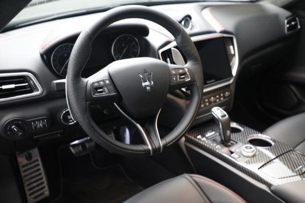 New 2022 Maserati Ghibli Modena Q4 for sale $103,855 at Alfa Romeo of Westport in Westport CT 06880 15