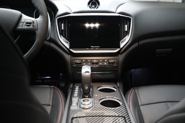 New 2022 Maserati Ghibli Modena Q4 for sale $103,855 at Alfa Romeo of Westport in Westport CT 06880 18