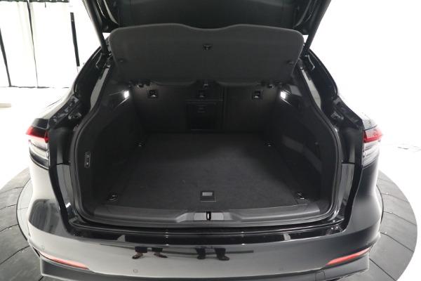 New 2022 Maserati Levante Modena for sale $108,775 at Alfa Romeo of Westport in Westport CT 06880 18