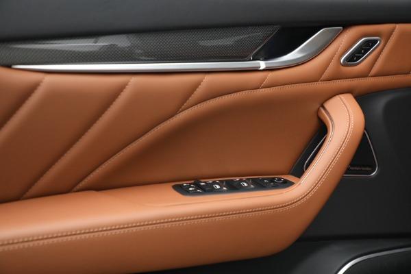 New 2022 Maserati Levante Modena for sale $104,545 at Alfa Romeo of Westport in Westport CT 06880 19