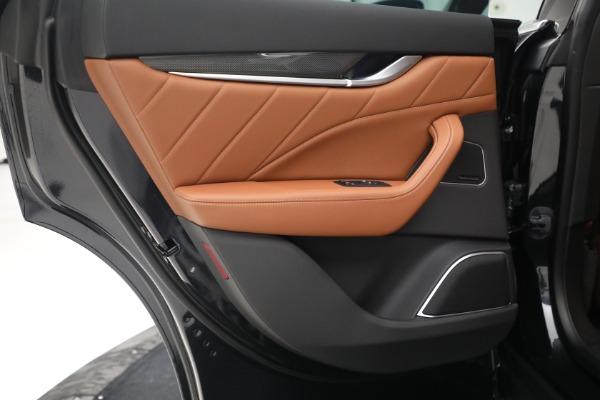 New 2022 Maserati Levante Modena for sale $104,545 at Alfa Romeo of Westport in Westport CT 06880 23
