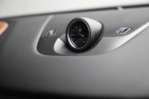 New 2022 Maserati Levante Modena for sale $104,545 at Alfa Romeo of Westport in Westport CT 06880 28