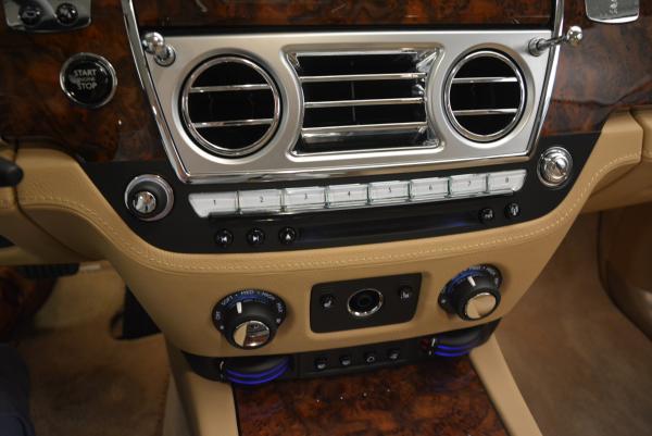 Used 2013 Rolls-Royce Ghost for sale Sold at Alfa Romeo of Westport in Westport CT 06880 19