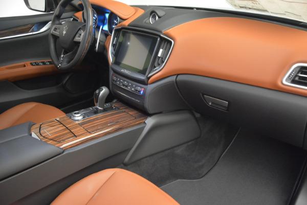 Used 2017 Maserati Ghibli S Q4  EX-LOANER for sale Sold at Alfa Romeo of Westport in Westport CT 06880 19