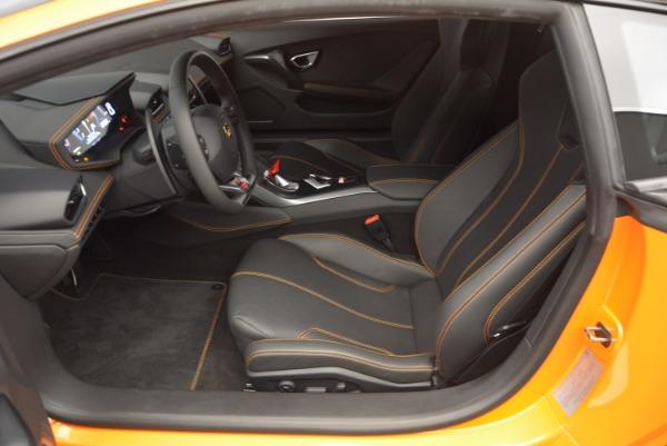 Used 2015 Lamborghini Huracan LP 610-4 for sale Sold at Alfa Romeo of Westport in Westport CT 06880 14
