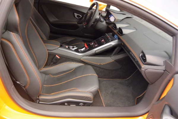 Used 2015 Lamborghini Huracan LP 610-4 for sale Sold at Alfa Romeo of Westport in Westport CT 06880 18