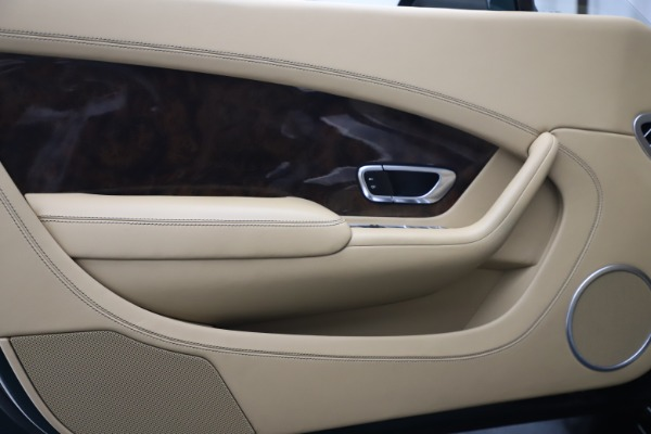Used 2017 Bentley Continental GTC V8 S for sale $149,900 at Alfa Romeo of Westport in Westport CT 06880 24