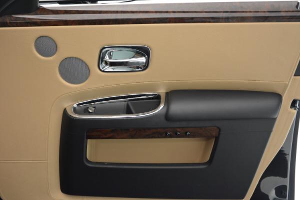 Used 2011 Rolls-Royce Ghost for sale Sold at Alfa Romeo of Westport in Westport CT 06880 26