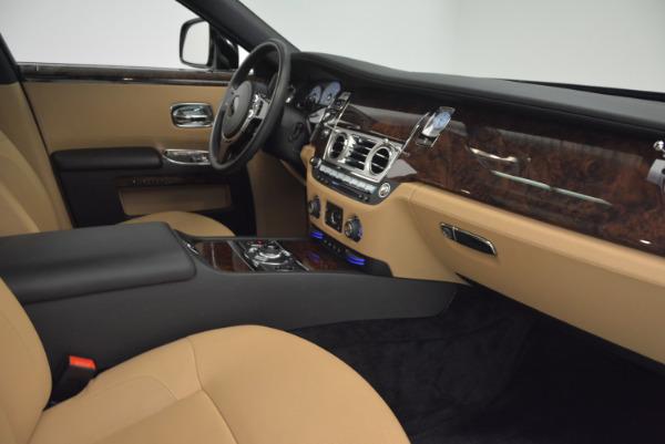 Used 2011 Rolls-Royce Ghost for sale Sold at Alfa Romeo of Westport in Westport CT 06880 27