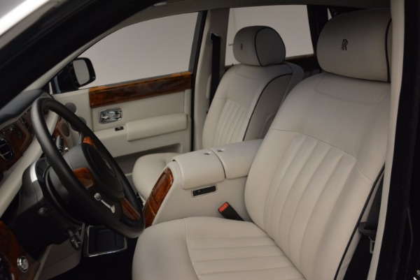 Used 2011 Rolls-Royce Phantom for sale Sold at Alfa Romeo of Westport in Westport CT 06880 11