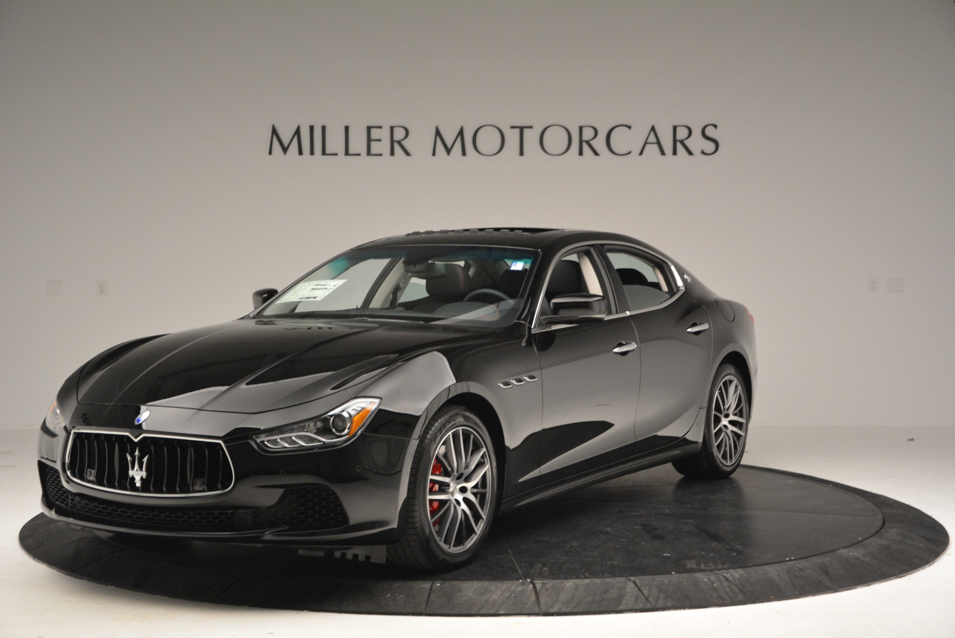 Used 2016 Maserati Ghibli S Q4  EX-LOANER for sale Sold at Alfa Romeo of Westport in Westport CT 06880 1