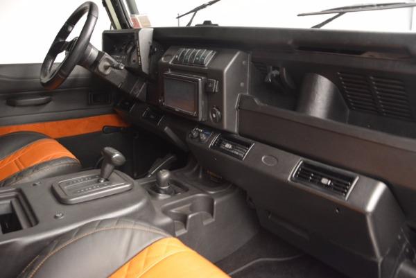 Used 1997 Land Rover Defender 90 for sale Sold at Alfa Romeo of Westport in Westport CT 06880 17