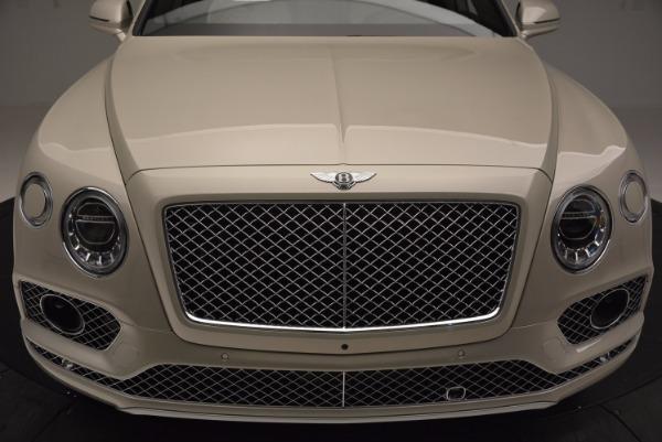Used 2017 Bentley Bentayga for sale Sold at Alfa Romeo of Westport in Westport CT 06880 10