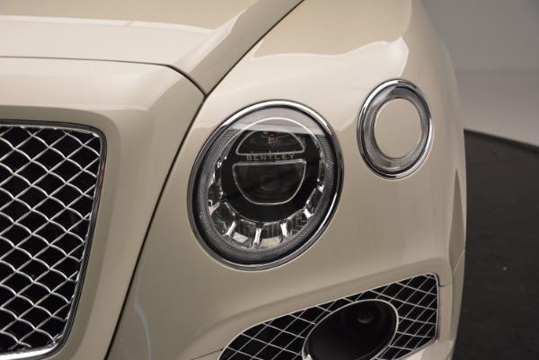 Used 2017 Bentley Bentayga for sale Sold at Alfa Romeo of Westport in Westport CT 06880 11
