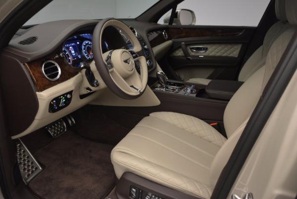 Used 2017 Bentley Bentayga for sale Sold at Alfa Romeo of Westport in Westport CT 06880 19