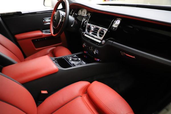 Used 2017 Rolls-Royce Ghost for sale $209,900 at Alfa Romeo of Westport in Westport CT 06880 17