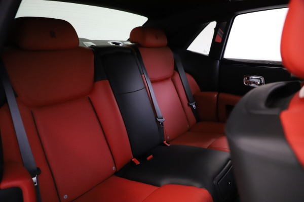 Used 2017 Rolls-Royce Ghost for sale $209,900 at Alfa Romeo of Westport in Westport CT 06880 19