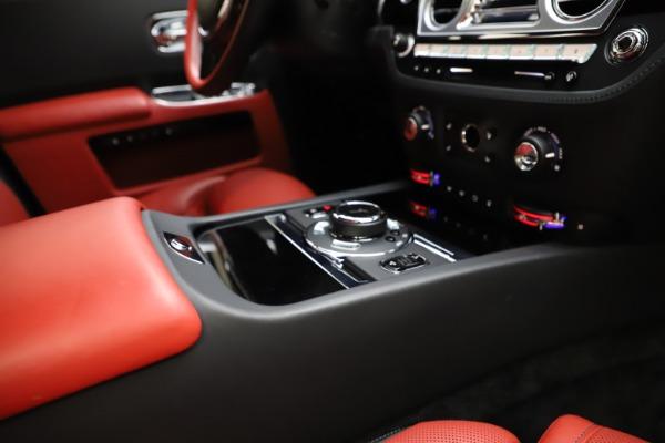 Used 2017 Rolls-Royce Ghost for sale $209,900 at Alfa Romeo of Westport in Westport CT 06880 24