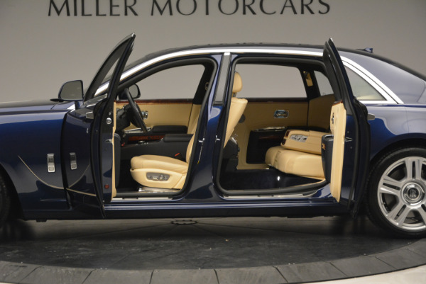 Used 2016 Rolls-Royce Ghost EWB for sale Sold at Alfa Romeo of Westport in Westport CT 06880 15