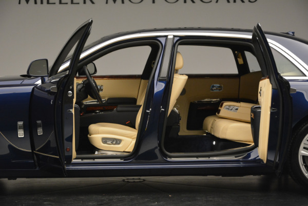 Used 2016 Rolls-Royce Ghost EWB for sale Sold at Alfa Romeo of Westport in Westport CT 06880 16