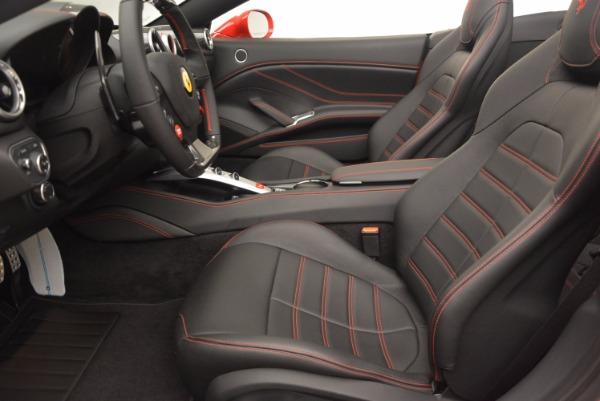 Used 2016 Ferrari California T for sale $149,900 at Alfa Romeo of Westport in Westport CT 06880 26