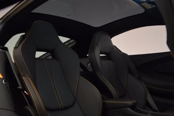 Used 2017 McLaren 570GT Coupe for sale $139,900 at Alfa Romeo of Westport in Westport CT 06880 19