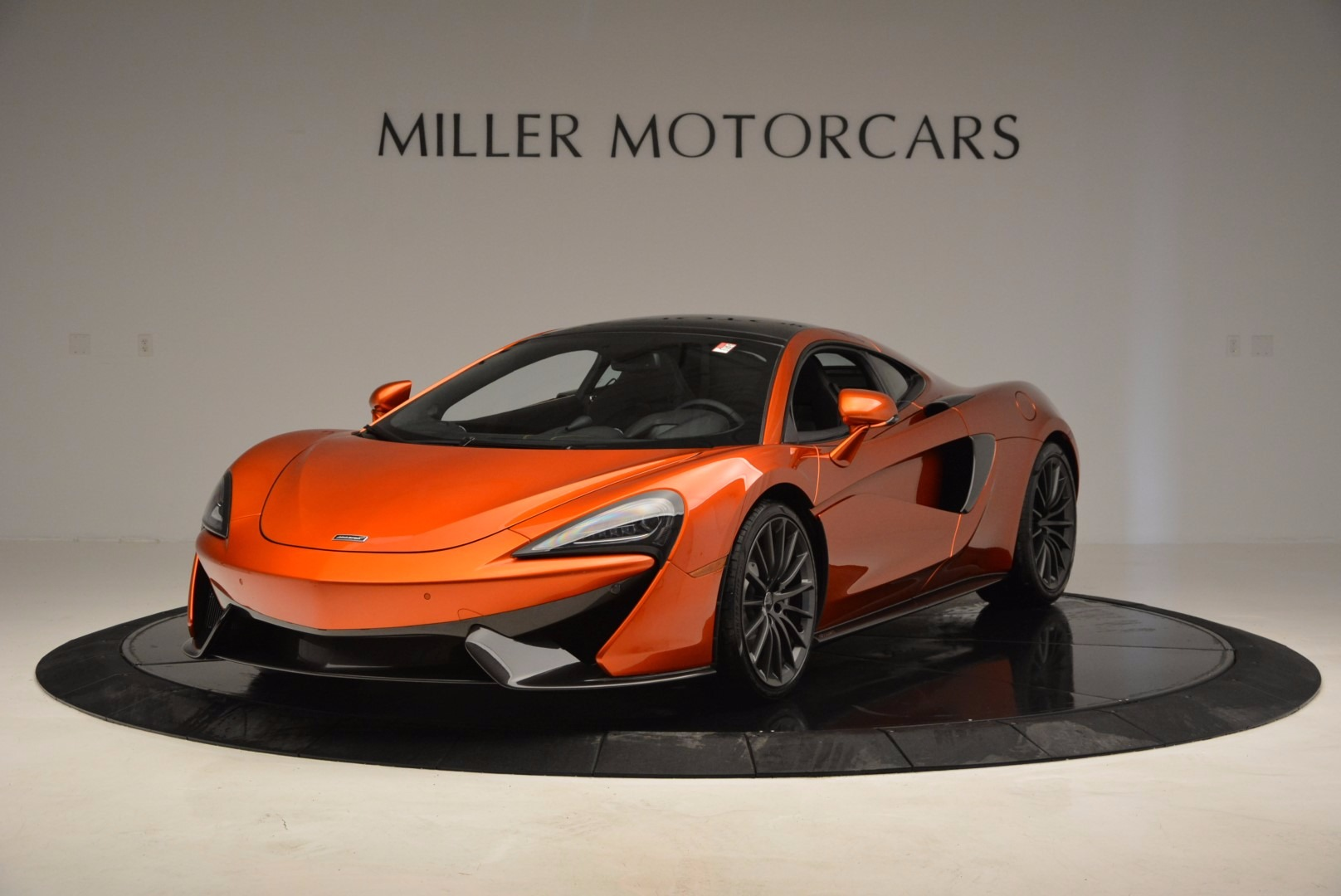 Used 2017 McLaren 570GT Coupe for sale $139,900 at Alfa Romeo of Westport in Westport CT 06880 1