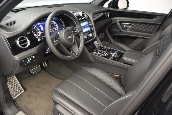 Used 2017 Bentley Bentayga for sale Sold at Alfa Romeo of Westport in Westport CT 06880 26